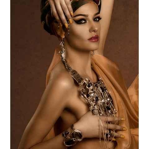 Rasfata-ti tenul cu pudra bronzanta de la Melkior!