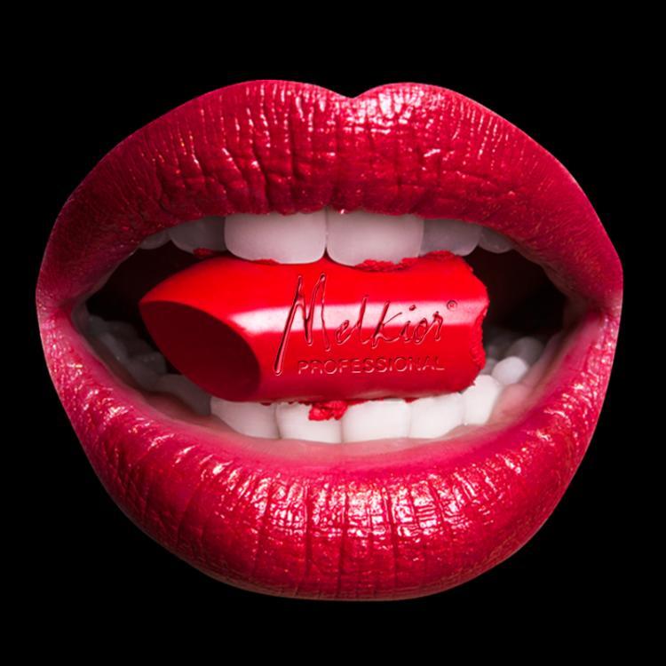 De Valentine's Day se poarta machiajul care te ajuta sa te simti iubita!