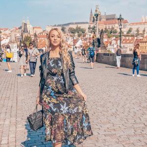 Alina Neag bloguieste si calatoreste. Afla ce sfaturi are pentru tine!